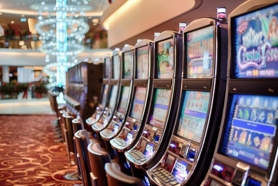 Free bitcoin casino games for pc windows 7